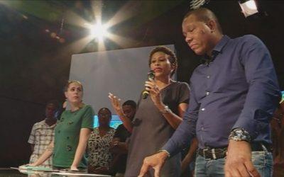 Les salariés d'ATV demandent l'aide des téléspectateurs pour sauver la chaîne